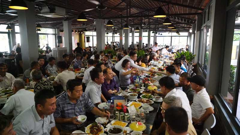 Trâu Ngon Quán Từ Sơn là một địa chỉ ăn uống phù hợp cho các gia đình họp mặt quây quần