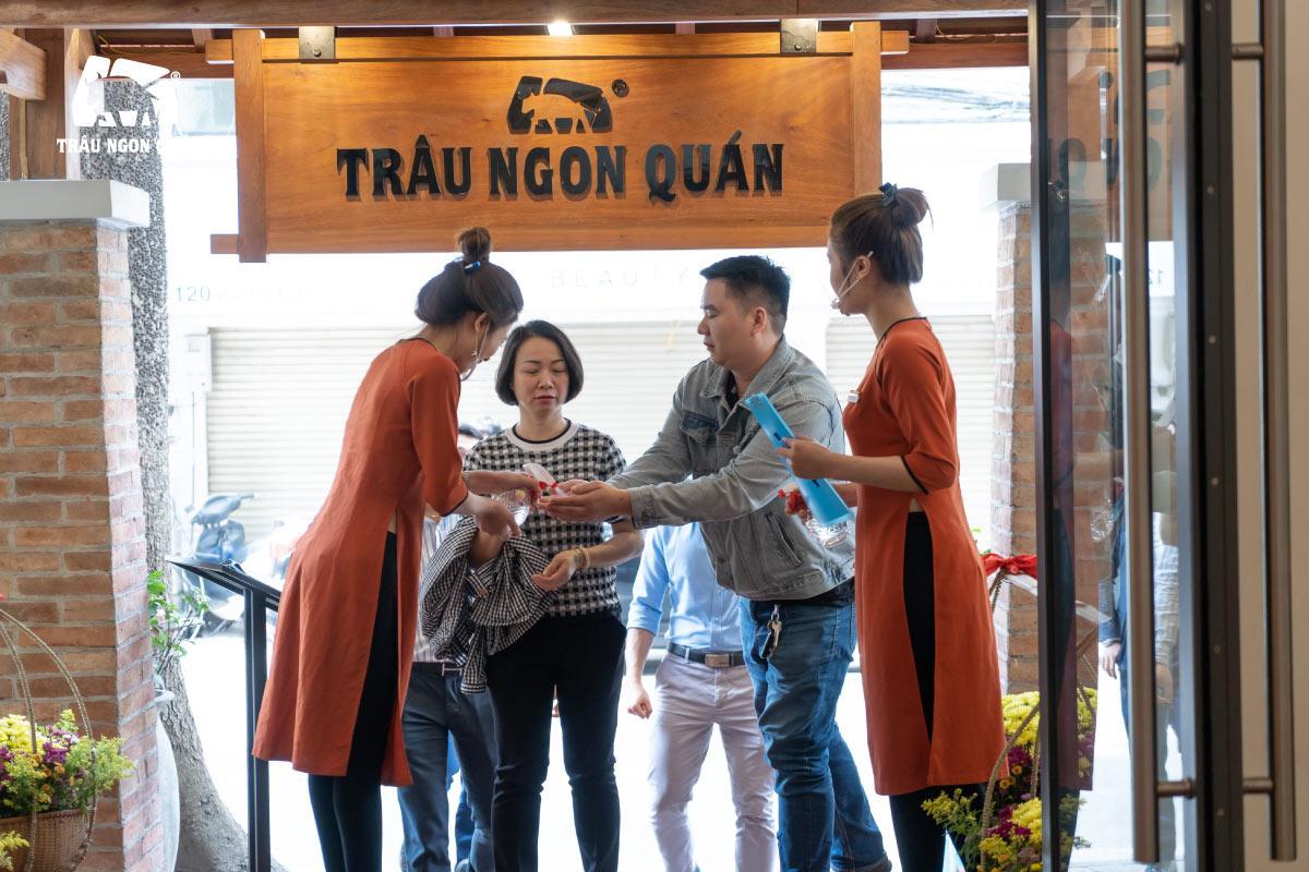 Trâu Ngon Quán ngày mở cửa trở lại